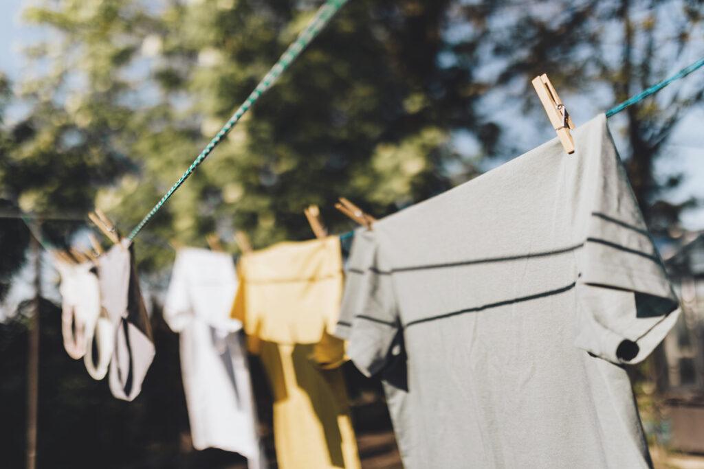 secar la ropa al aire libre