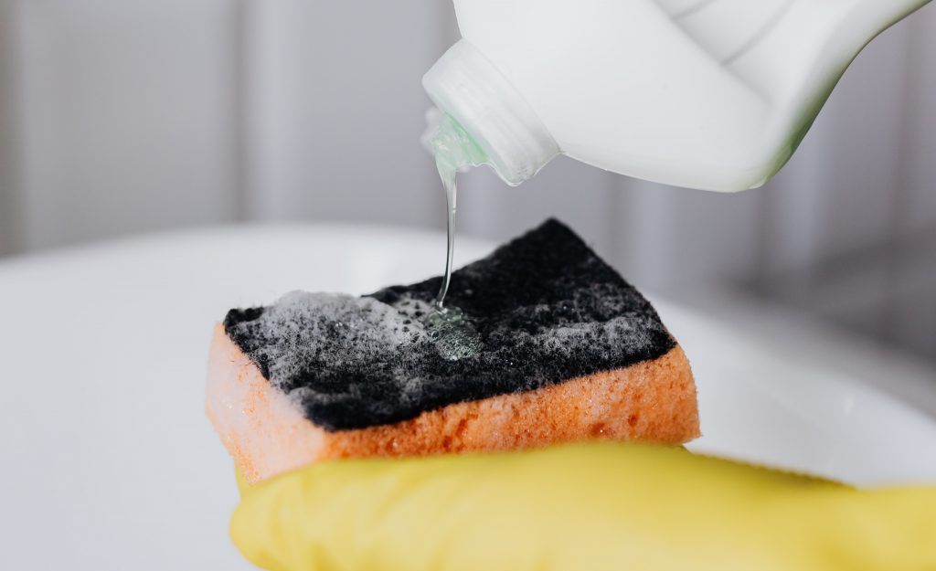 detergente ecológico para fregar los platos